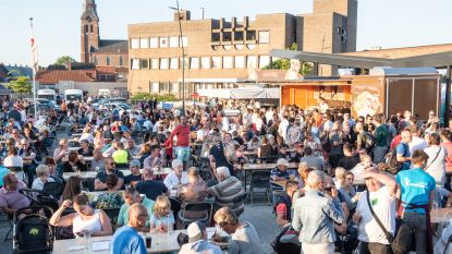 VIDEO. Zomerse avondmarkt doet Nieuw Plein in Kruishoutem vollopen