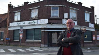 """Legendarisch café van Moeder Zulma 3 jaar na sluiting eindelijk verkocht: """"Eriek Verpale haalde er zijn inspiratie en 'Mariëtje' van Eddy Wally kreeg er haar bijnaam"""""""