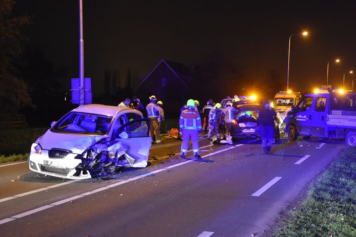 Er ontstond flinke schade tijdens het ongeluk op de N209.