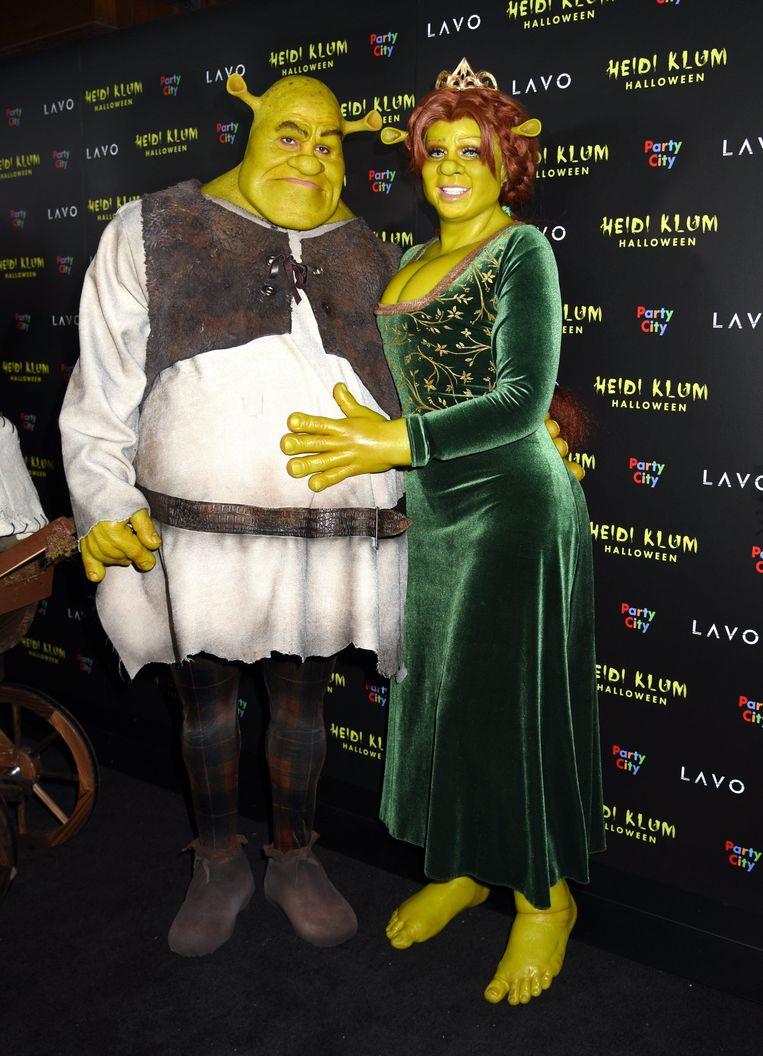 Tom en Heidi als Shrek en Fiona.