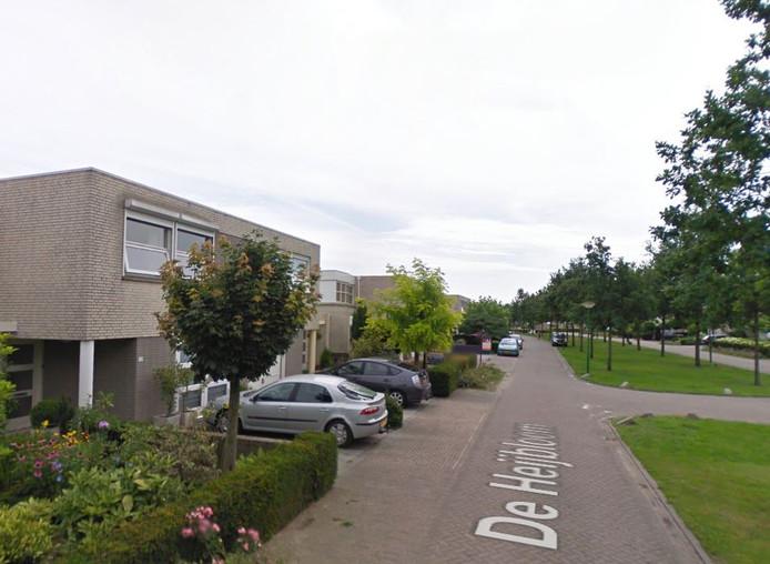 Het incident gebeurde in (de buurt van) De Heijbloem in Nuenen.