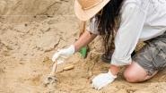 Vrouw bracht het ultieme offer door zich levend te laten begraven voor eeuwige omhelzing met echtgenoot