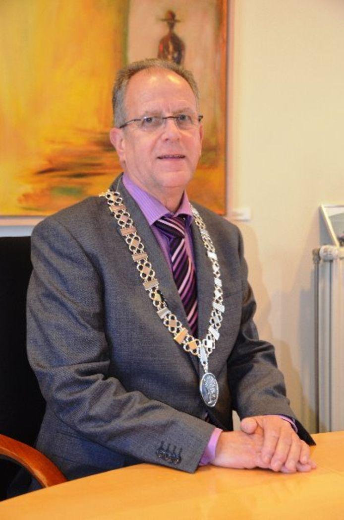 Burgemeester Paul Verhoeven van Heeze-Leende/