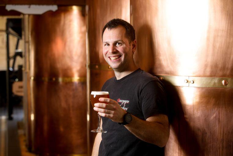 Brugge Thomas Vandelanotte met zijn alcoholarm bier Gimme 'hop' Jo'Anna.