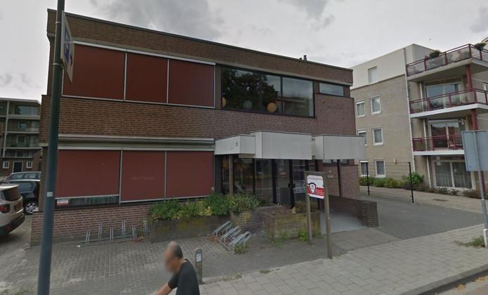 De voormalige huisartsenpost aan de Wilhelminastraat in Waalwijk.