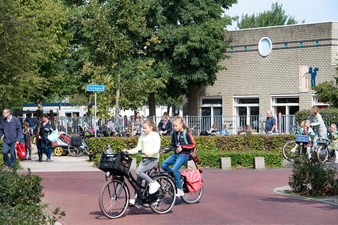 Basisschool De Dromedaris in Beuningen gaat uit. Het schoolgebouw is aan vervanging  toe.