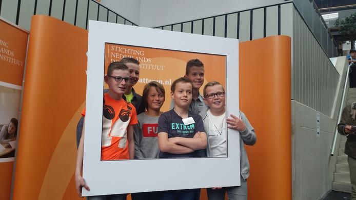 Het debatteam van cbs Het Baken uit Werkendam.