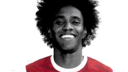 "Transfer Talk. Willian ruilt Chelsea in voor Arsenal - ""De Messi van Azië"" aangekomen in Kortrijk"