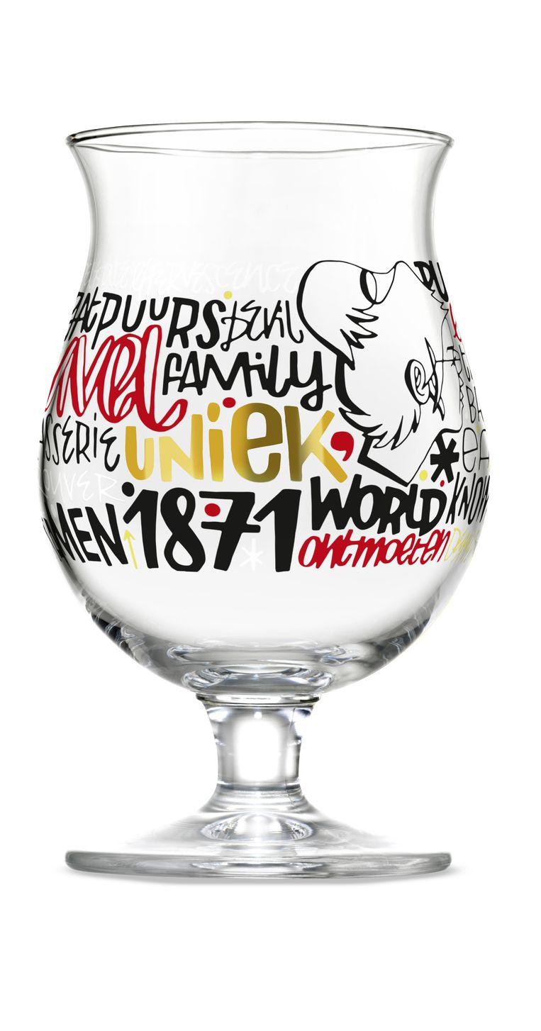 Het Duvelglas ontworpen door kunstenaar Denis Meyers.
