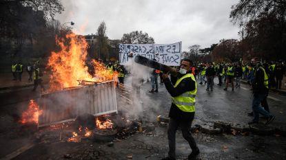 """Gele hesjes wijzen overleg met Franse premier af wegens """"te veel bedreigingen vanuit eigen achterban"""""""