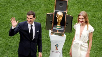 Casillas en supermodel onthullen wereldbeker