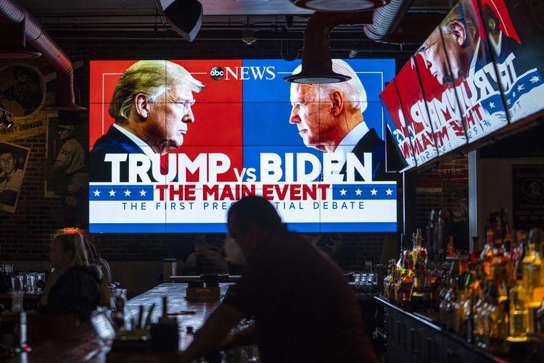 Eerste debat Biden en Trump verzandt in chaos