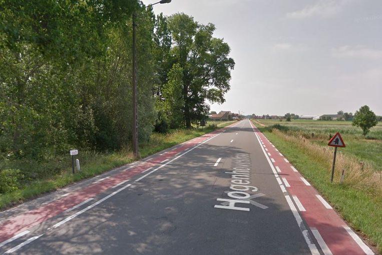 Het asfalt in de Hogenhovestraat en in de Statiestraat wordt afgefreesd en vervangen.
