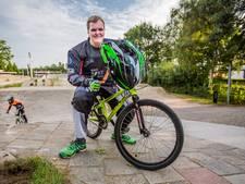 Niels (23) kan niet lezen of schrijven maar wel goed fietsen