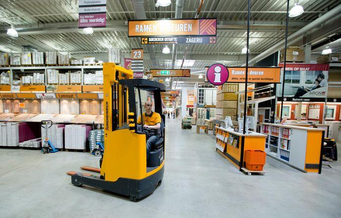 Doe-het-zelfwinkels als Hornbach gaan hun klanten nadrukkelijker wijzen op energiebesparende maatregelen in huis.