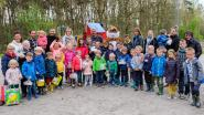 45 kinderen en kleuters op paaseierenzoektocht in Parkheide