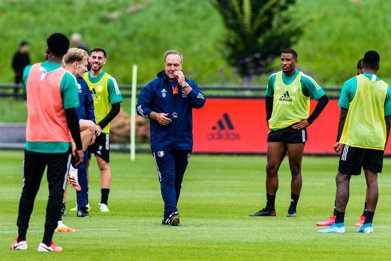 Dick Advocaat, bij de eerste training van Feyenoord dit seizoen. Beeld BSR Agency