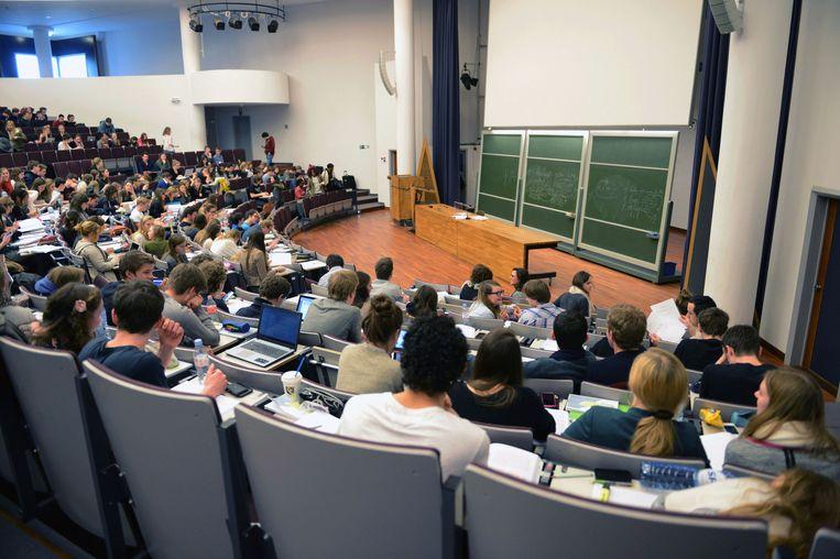 KU Leuven gaat een langdurig onderzoek uitvoeren over de mentale gezondheid van studenten en de link met darmflora.