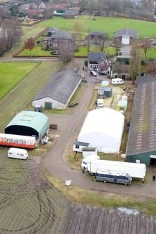 Rechter: terrein Van der P. in Leende mag dicht na vondst drugslab