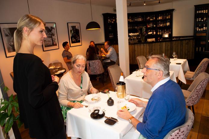 Apeldoorn - Over de Tong at bij Restaurant Twenty2 in Apeldoorn. Foto Kevin Hagens KH20190518
