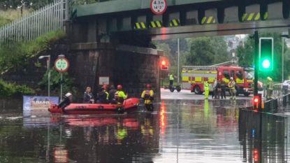 Veertien mensen uit rugbyclub gered bij overstromingen in Schotland