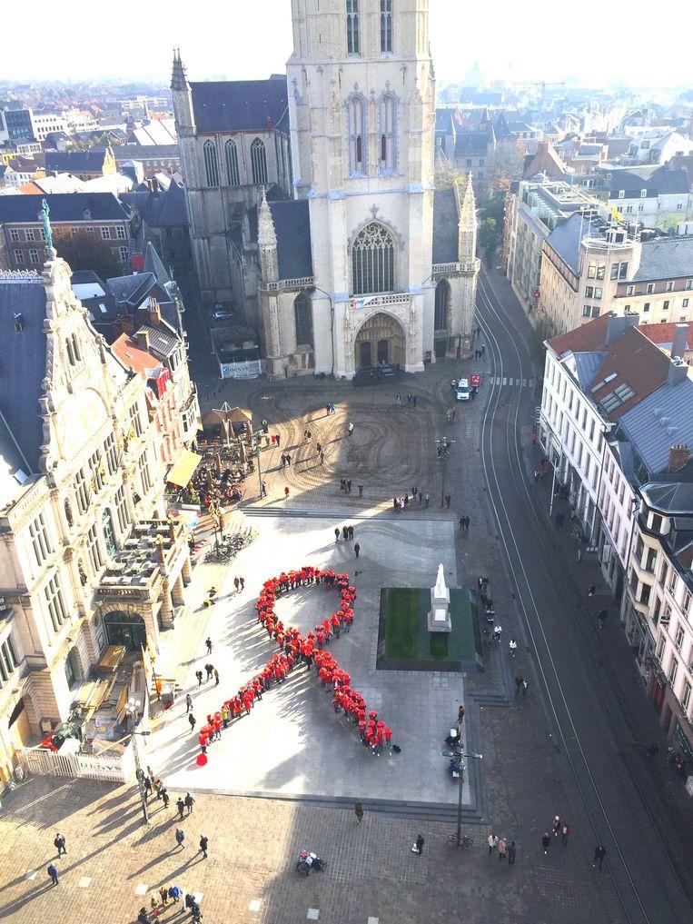 De actie tegen HIV, gezien van op het Belfort