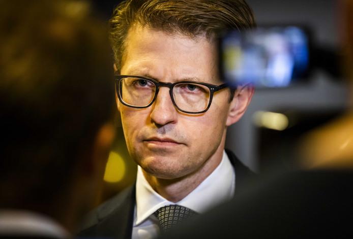 Minister Sander Dekker voor Rechtsbescherming reageert op het rapport van de Onderzoeksraad voor Veiligheid over forensische zorg en de zaak-Michael P. P is veroordeeld voor het doden, verkrachten en ontvoeren van Anne Faber.
