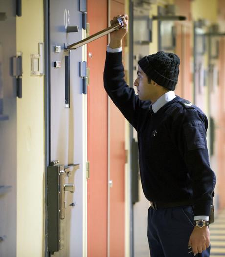 Cipier gevangenis Lelystad terecht ontslagen