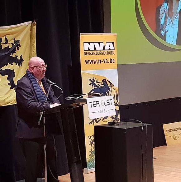 Hugo Van Bueren (67) werd herverkozen tot voorzitter door de N-VA-leden van Edegem.