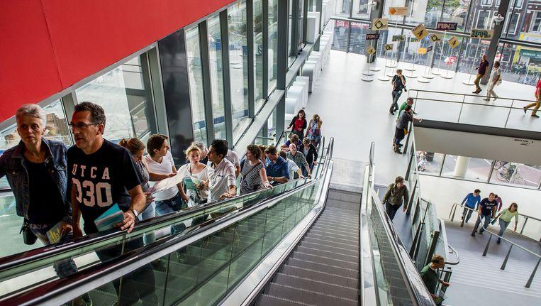 Bezoekers tijdens de opening van TivoliVredenburg. Beeld anp