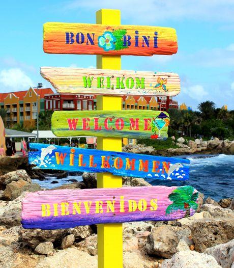 Het botert niet tussen Den Haag en de Antillen, dus is China van harte 'bon bini'