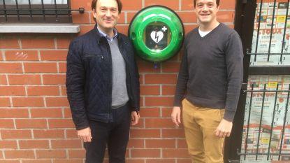 Vijf extra AED-toestellen aan sport- en jeugdlokalen
