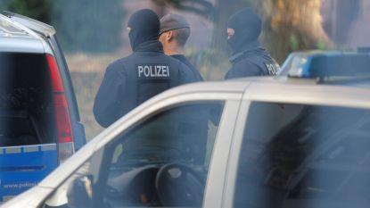 Zes vermoedelijke extreemrechtse terroristen opgepakt in Duitsland