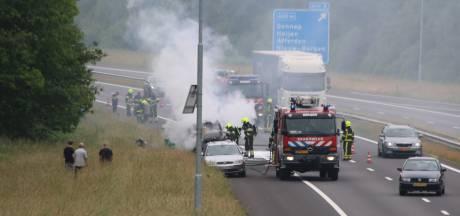 Brand in voertuig op de A77