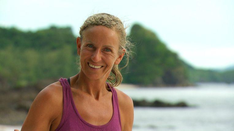 Annick Buyens op 'Expeditie Robinson'. De Zoerselse yogalerares stapte zelf uit het programma.