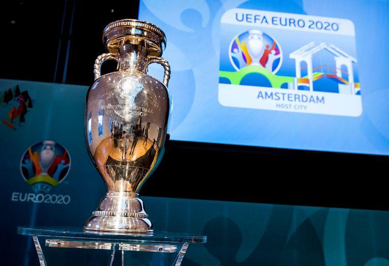 De beker van Uefa EURO 2020. Beeld ANP