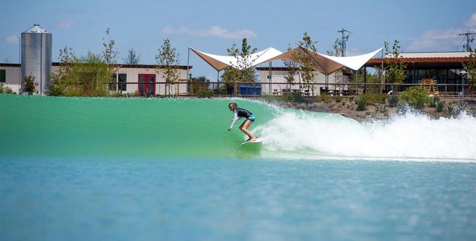 De blauwdruk voor Hendriks' plan komt uit de VS, waar Wavegarden uitgroeide tot een populaire attractie.
