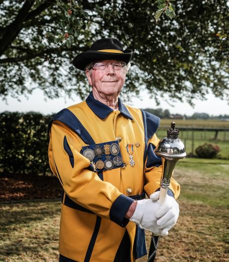 Reinier Hilderink (88) nog één keer voor de fanfare uit in Keijenborg
