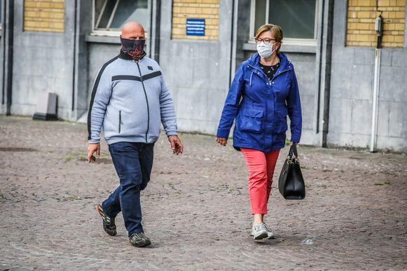 Bruggelingen krijgen deze week een mondmaskers in de bus.