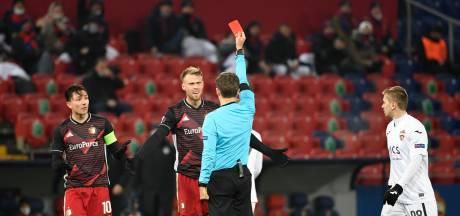 Feyenoord houdt dapper stand bij CSKA Moskou na rode kaart Jørgensen