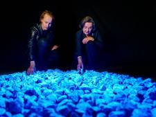 Pijnacker krijgt honderden  lichtgevende stenen voor dodenherdenking