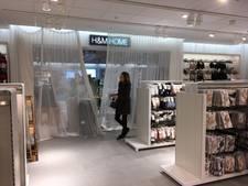 Bij de bh's en strings linksaf voor de nieuwe H&M Home in Utrecht