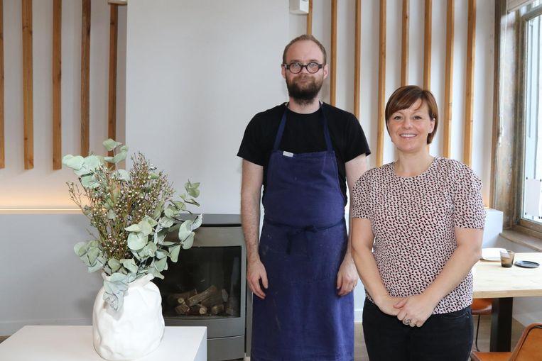 De IJslandse kok Vilhjalmur Hilmar Sigurdarson en zijn vrouw Joke Michiel in hun zaak in Ieper, die ze afgelopen jaar in maart sloten.