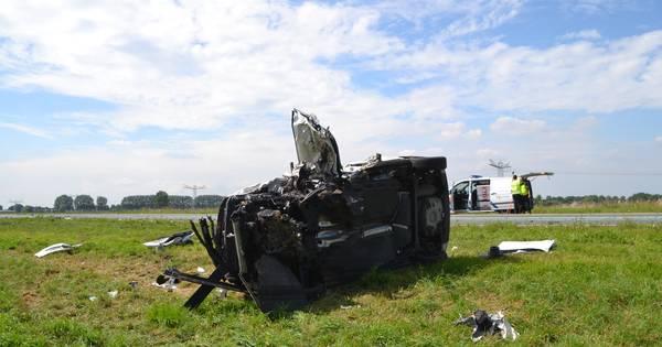 Meerdere gewonden bij zeer ernstig ongeval op Maas en Waalweg bij Afferden.