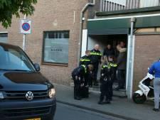 Politie vindt drugs in shisha lounga in Tilburg en slaat broer (45) van eigenaar in de boeien
