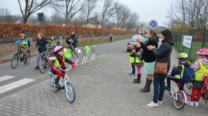 VIDEO: Fietsers oogsten applaus