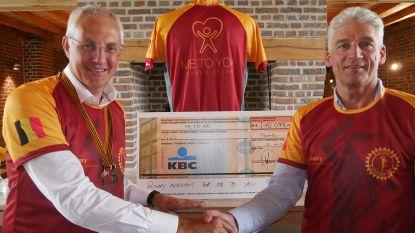 Comrades Marathon van Philippe Vanmarcke levert 10.000 euro op voor Me To You