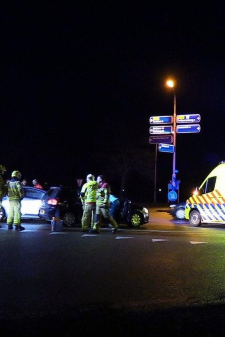 Automobilist gewond door ongeluk tussen Zeddam en 's-Heerenberg