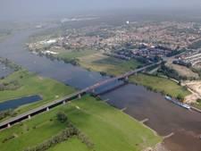 Praten over een brug van 57 miljoen bij Rhenen