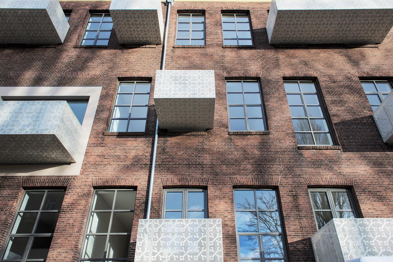 De Boulevard (Boulevard Heuvelink) Ontwerp: opZoom architecten Opdrachtgever: SPF Beheer en bouwcombinatie Klok-Draisma Omschrijving: Transformatie van de oude ambachtsschool naar appartementencomplex